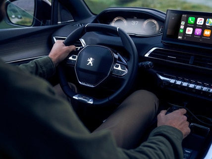 New PEUGEOT 3008 SUV -  The FOCAL® Hi-Fi system