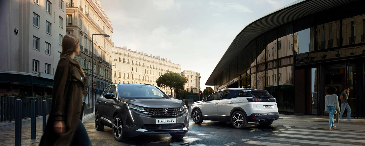 New PEUGEOT 3008 SUV – 3008 and 3008 HYBRID in the city