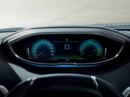 New PEUGEOT 3008 SUV HYBRID – High-quality digital instrument panel